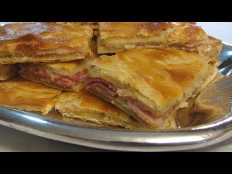 Ham and Cheese in Puff Pastry -- Lynn's Recipes Super Bowl