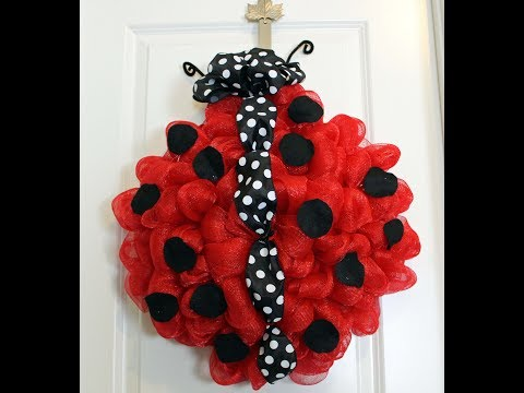 How to make a deco mesh ladybug with 21in mesh and black and white ribbon super cute