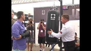 Самарские заводчане после смены вышли на боксерский ринг