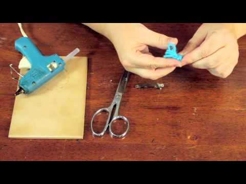 What Kind of Glue Can Stick Yarn to Metal? : Crafty Tips