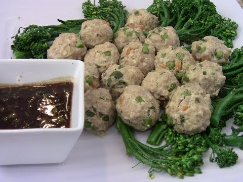 Homemade Steamed Chinese Meatballs(pork and chicken) Dim Sum Style