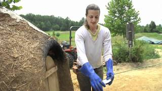 Lime Plastering a Cob Oven