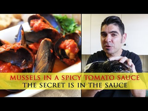 Mussels in a Spicy Tomato Sauce - Mussels Marinara Recipe