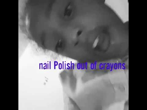 How to make nailpolish out of crayons 😎😎