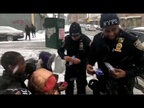 Cops Buy Gloves for Kids After Losing Nor'Easter Snowball Fight