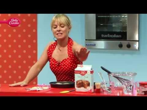 How to make Betty Crocker Devils Food Cake with Ashleigh Jones