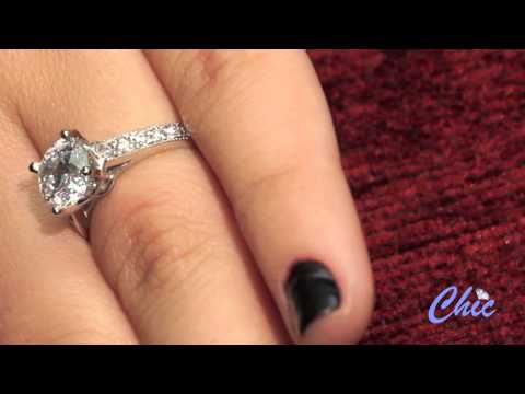 A striking high quality cubic zirconia engagement ring with high polished solid w gold-item 5049