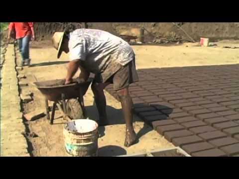 Adobe brick maker