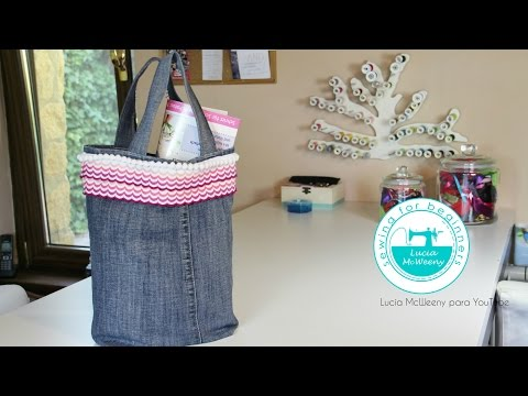 Upcycling denim jeans: tote bag
