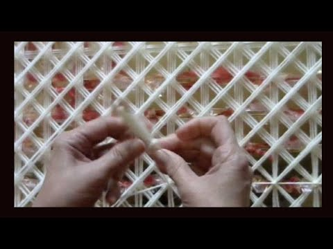 POM POM BLANKET LOOM.  PART 4 How to tie off using a shuttle -