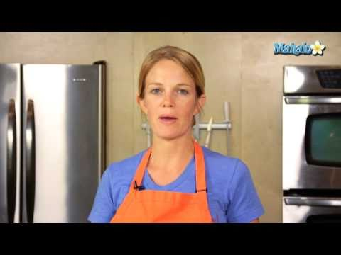 How to Make Tangy Brown Sugar Glaze for Chicken Wings