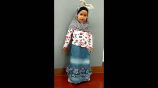 Echa lagi menghafal Rukun Islam dan Rukun Iman.... #lucu banget
