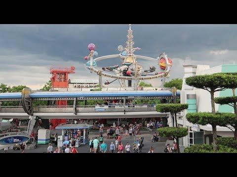 Our Very Rainy Disney Day Out | EPCOT World Showcase, Magic Kingdom Fun & Fireworks