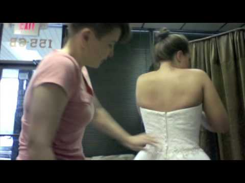 Super Model Trick for zipping strapless (or any other) fitted dress and getting rid of back fat