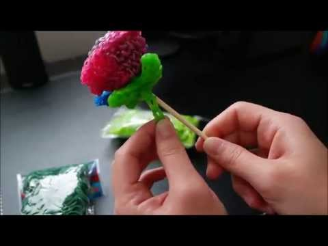 Rainbow loom Rainbow rose part 2 (how to attach a stem and leaf to your flower)