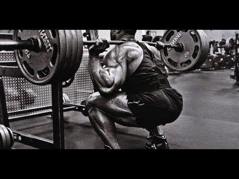 685 Pound Squat!