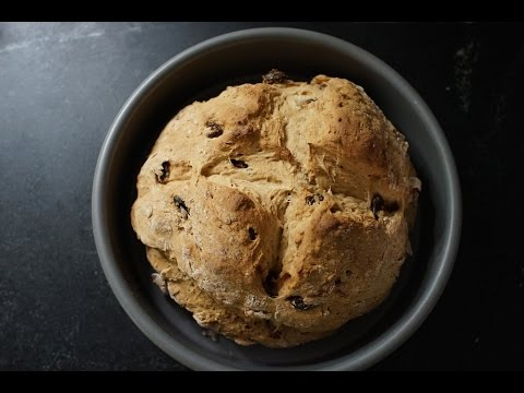 Irish Soda Bread with Raisins (Spotted Dick)