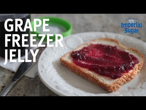 How to Make Grape Freezer Jelly