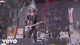 Catfish and the Bottlemen - Cocoon (Live at Glastonbury 2015)