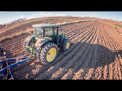 RTK & Autosteer Demo - John Deere 8235R - Sloan Implement