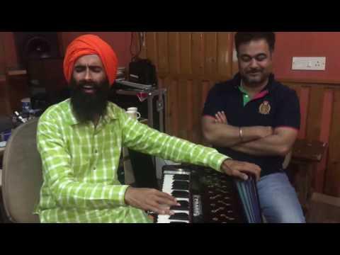 Download Kanwar Grewal performing for TKMA students