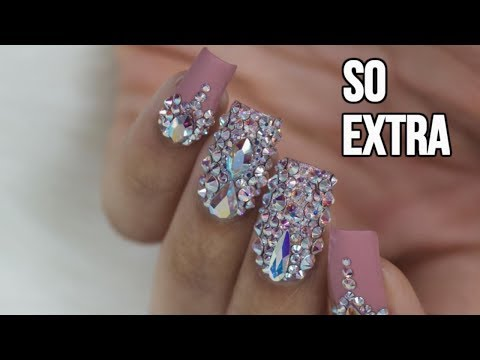 DIY BLINGY SPARKLY NAILS