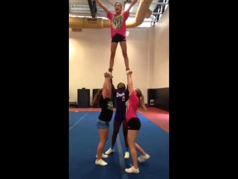 Cheer stunt half up