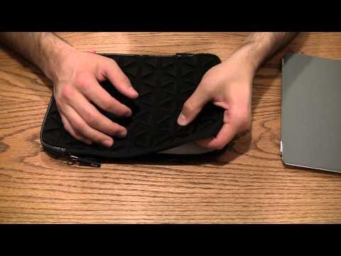 Review: iLuv Foam Padded Neoprene Case for iPad