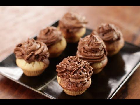 Basic Cupcakes with Cocoa Frosting | Sanjeev Kapoor Khazana