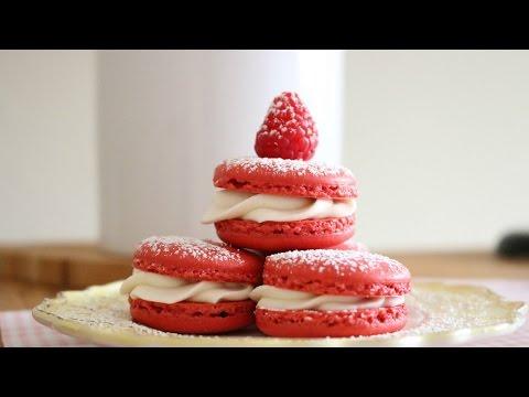 Red Velvet French Macarons Recipe | sweetco0kiepie