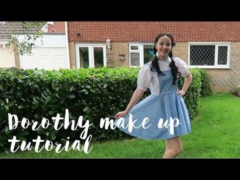 Dorothy Make Up Tutorial | Esme Hill