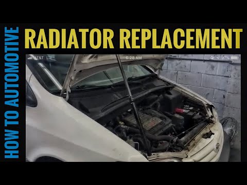 How to Replace the Radiator on a 2001 Toyota Sienna