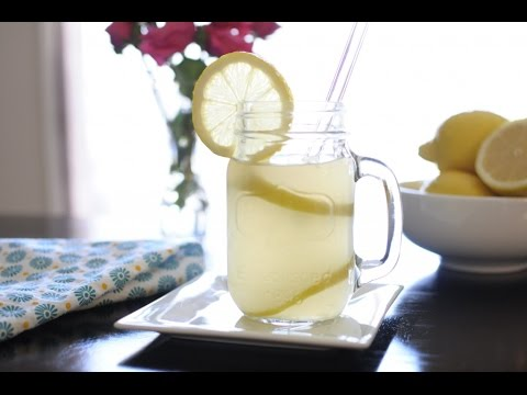 Apple Cider Vinegar Vs. Lemon Water