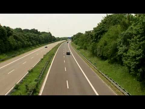 Driving fast on the German Autobahn - english