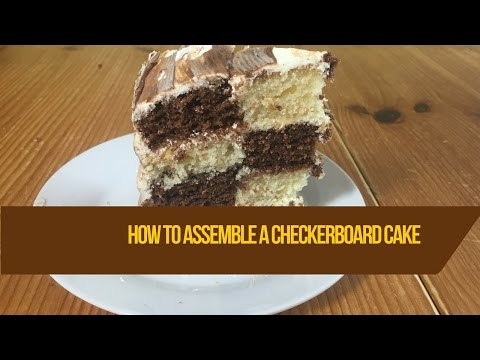 How to assemble a  checkered cake