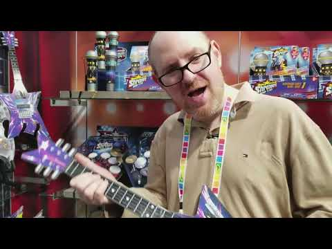 Shredderz Guitar Helps You Rock Out, No Strings Attached