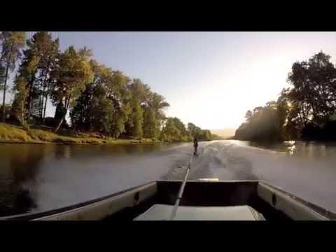 Ski boat trick