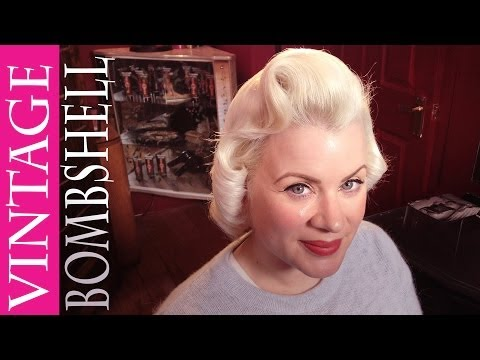 Vintage Hair How-To | Blonde Bombshell