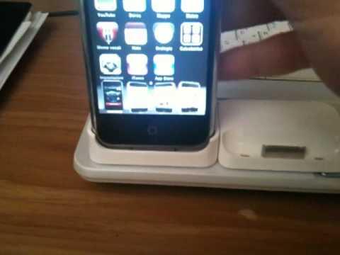 Apple iPhone 2G con dock