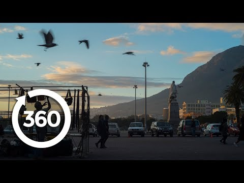 A Brilliant Sunrise in Cape Town | Cape Town, South Africa 360 VR Video | Discovery TRVLR