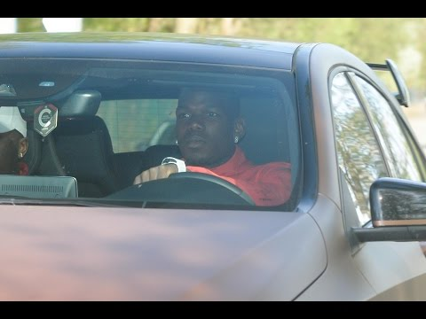 Manchester United Players Driving to Training