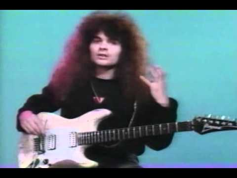 Vinnie Moore - Speed, Accuracy and Articulation - Legato