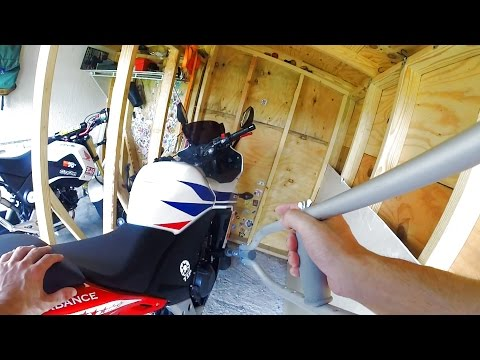 LOOPING A MOTORYCLE DAMAGE.