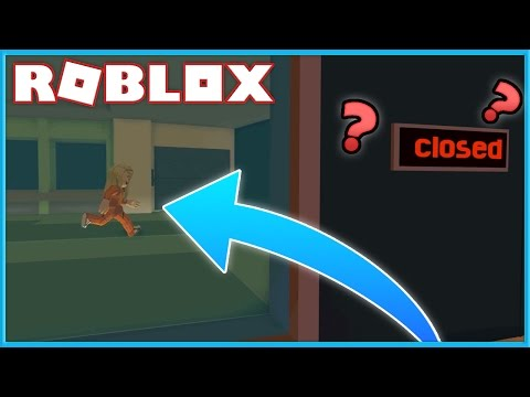 HOW TO GLITCH INTO THE BANK WHEN ITS CLOSED IN ROBLOX JAILBREAK!!