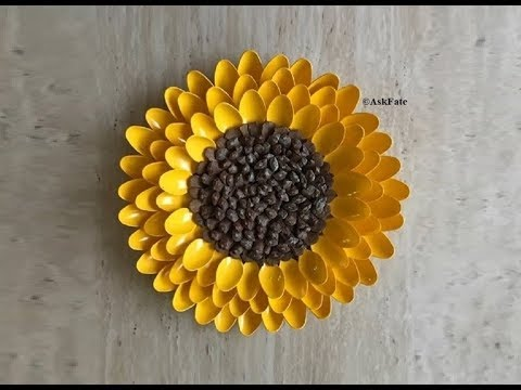 Pinecone Sunflower DIY Centerpiece / Wall Art Decor