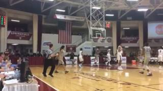 DeAndre Ayton throws down powerful dunk at Hoophall Classic