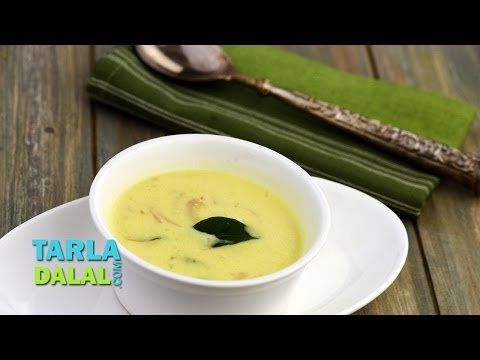 पंजाबी कढ़ी (Punjabi Kadhi/ How to make Punjabi Kadhi) by Tarla Dalal
