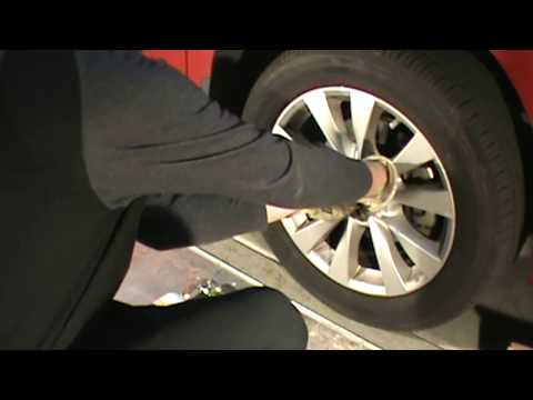 2013 Toyota Venza (Camry) Disc Brake Rotors and Pads Replacement
