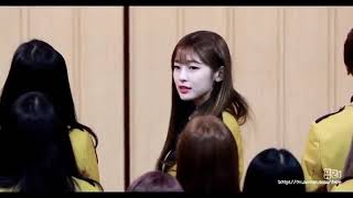 Oh My Girl Arin Reaction To NCT Mark