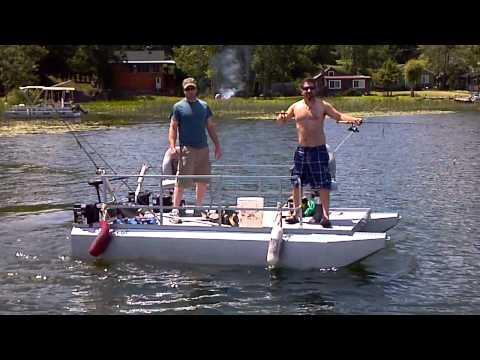Mini Pontoon Boat shake